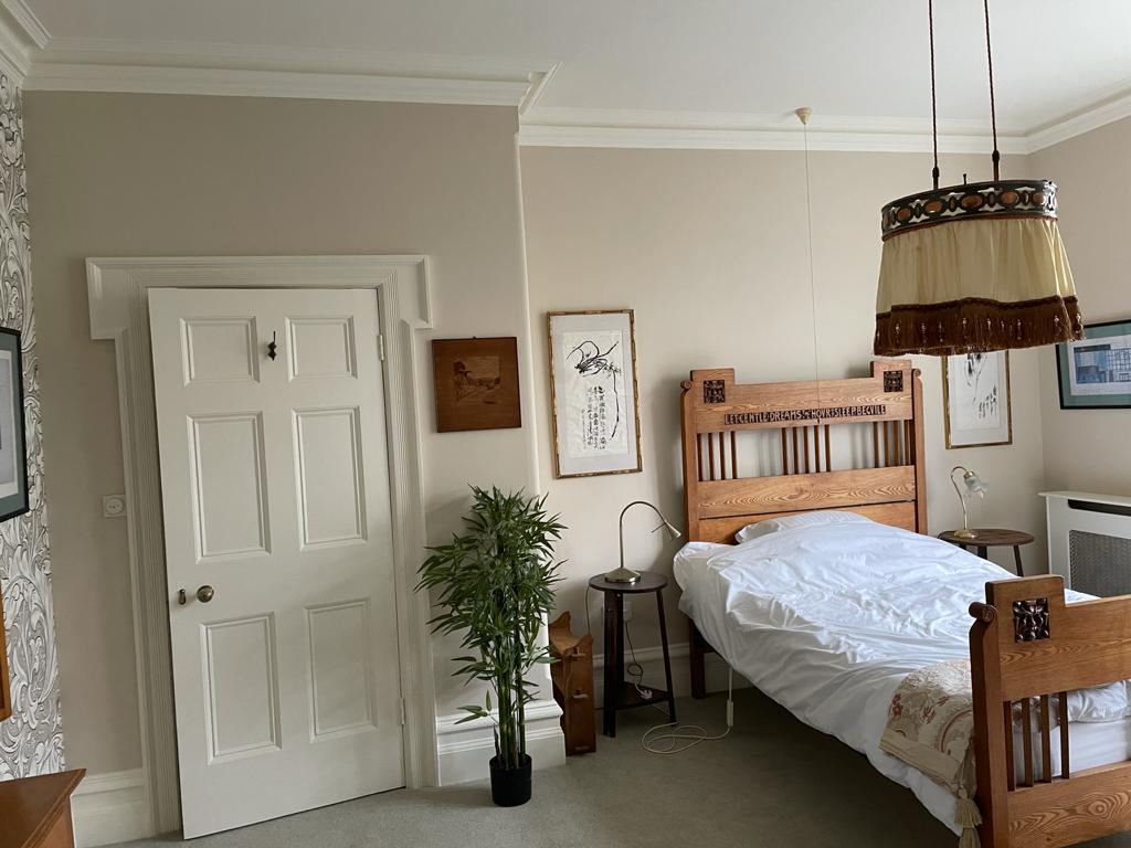 Classic Bedroom Design with Interior Plant
